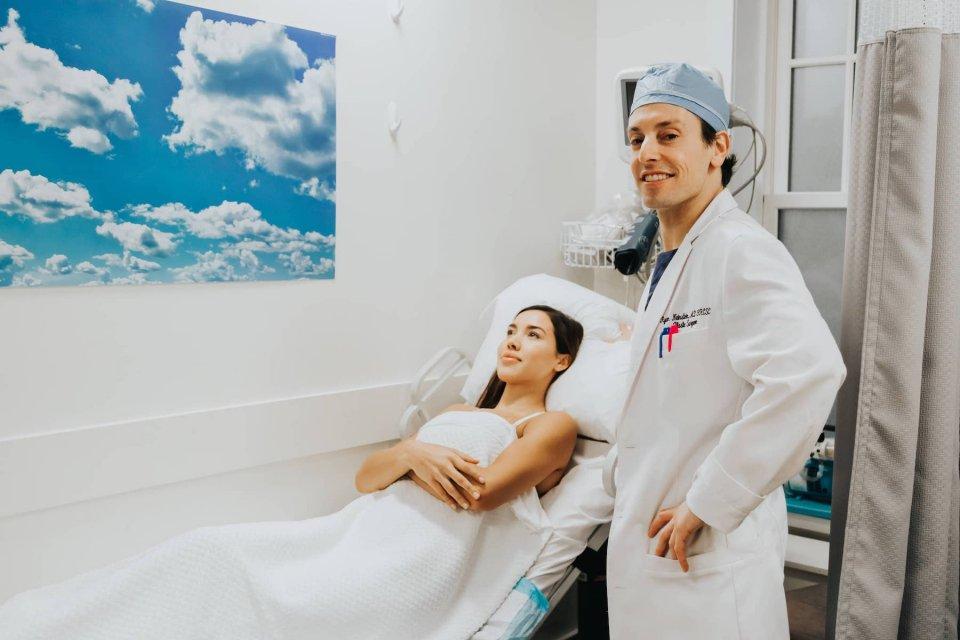 dr-neinstein-with-patient