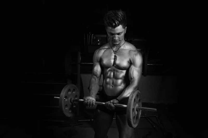 male-liposuction-working-out